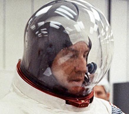 apollo 11 space helmet - photo #27