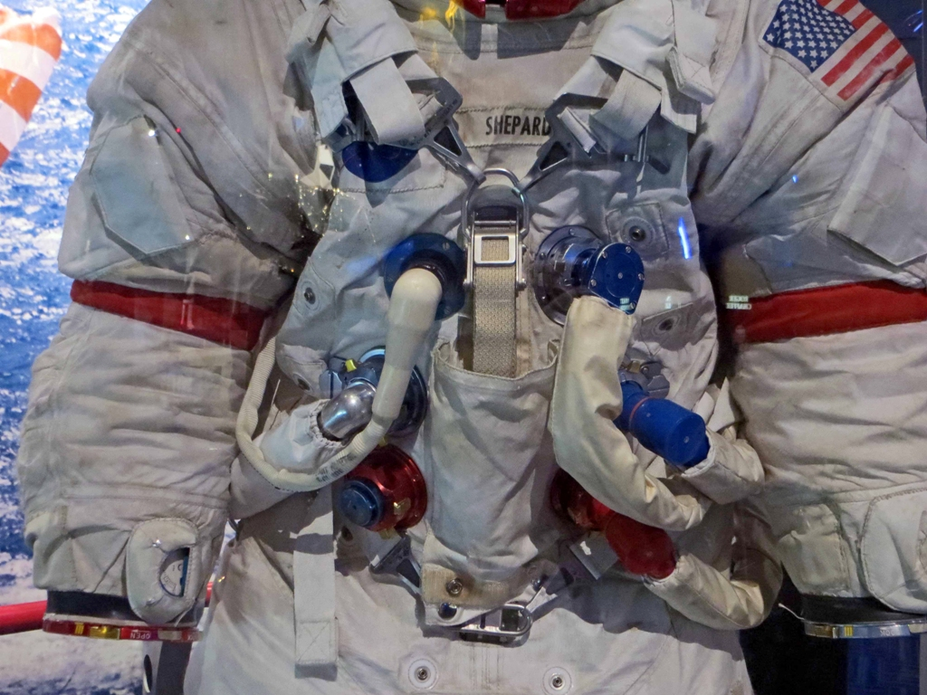 apollo a7l spacesuit - photo #38