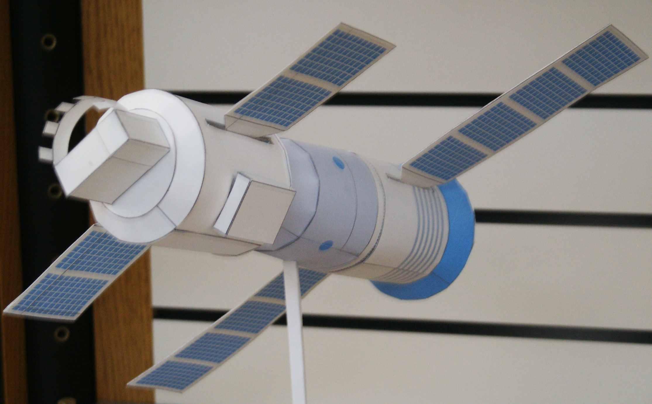 paper spacecraft models - photo #20